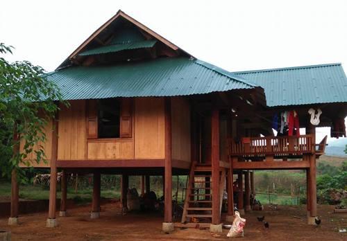 Ngôi nhà xảy ra vụ xô xát giữa hai vợ chồng anh Lô Văn Th. - Ảnh: Phương Linh