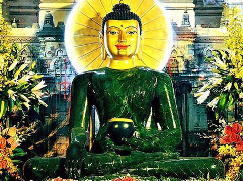 Tượng Phật Ngọc đã du hành qua 20 quốc gia