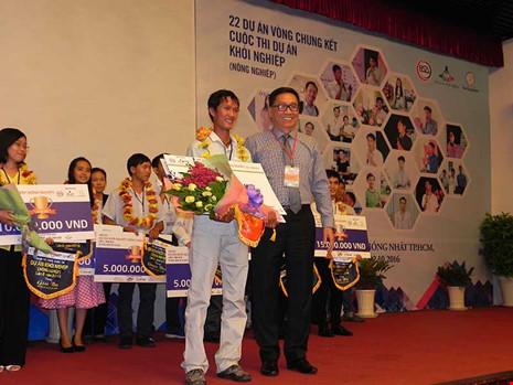 Mô hình trồng lúa sạch của chàng trai Võ Văn Tiếng ở Đồng Tháp đạt giải nhất cuộc thi khởi nghiệp. Ảnh: BTC