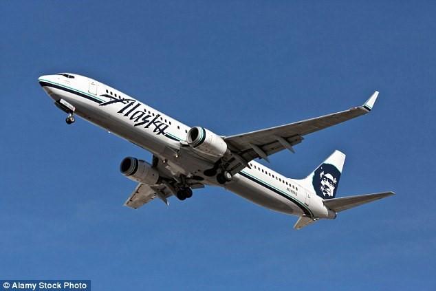 Sự cố xảy ra trên chuyến bay của hãng Alaska. Ảnh: Alamy.