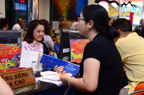 Chương trình ưu đãi thu hút hàng nghìn lượt khách đến tham khảo thông tin và chọn tour du lịch nhân dịp Tết Đinh Dậu 2017.