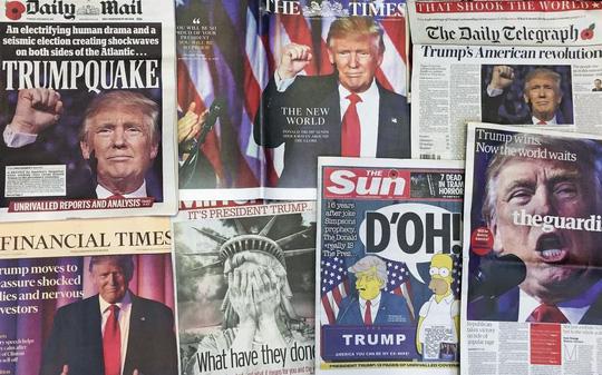 Báo chí Anh đưa tin về chiến thắng của ông Trump hôm 10-11 Ảnh: AP