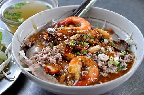 Khám phá những quán hủ tiếu ngon lâu đời ở Sài Gòn