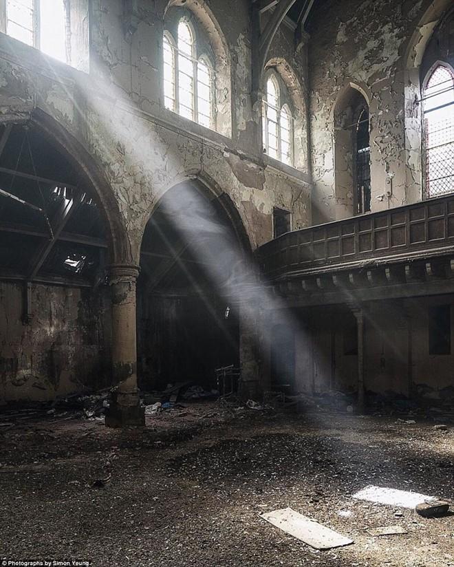 Những công trình bị bỏ hoang đầy ám ảnh ở Anh