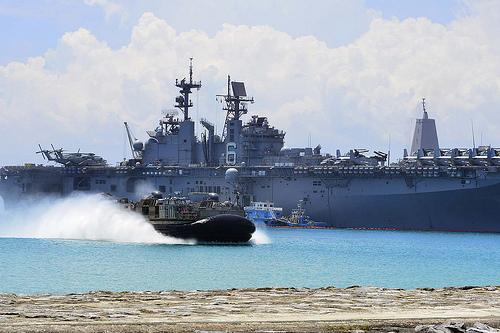 Tàu chiến thuộc lực lượng viễn chinh Bonhomme Richard của hải quân Mỹ. Ảnh: U.S. NAVY