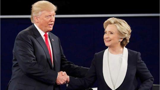 Ứng viên tổng thống Hillary Clinton và đối thủ Donald Trump Ảnh: AZCENTRAL.COM