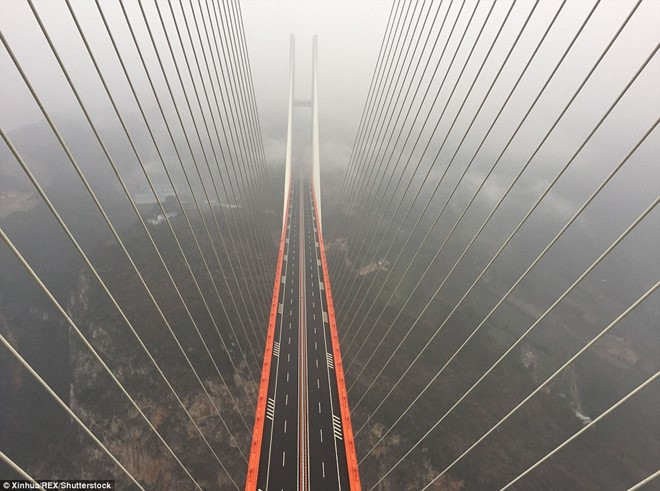 Trung Quốc khánh thành cây cầu cao nhất thế giới