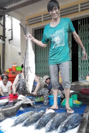 """Hải sản """"giá rẻ bất ngờ"""" ở Phú Quốc"""
