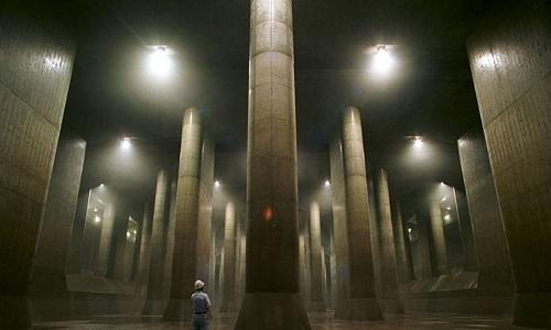 Hệ thống cống khổng lồ dưới lòng thủ đô Tokyo, Nhật Bản. Ảnh: Weibo.