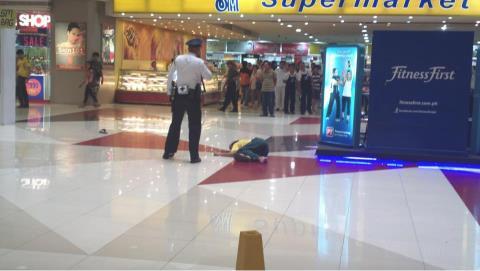 Hiện trường vụ việc được người chứng kiến ghi lại. Ảnh: Therealsingapore.