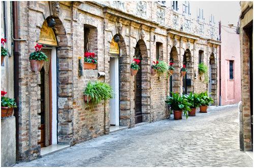 Một con phố đầy chất thơ ở Recanati - Ảnh: wp
