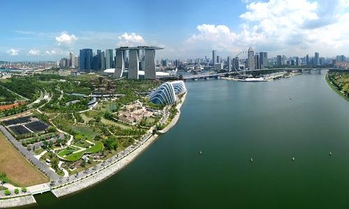 Toàn cảnh đập và hồ trữ nước Marina ở Singapore. Ảnh: Flickr.