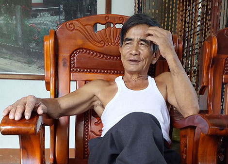 Ông Thanh kể về chuyện tình của mình bên giếng cổ.