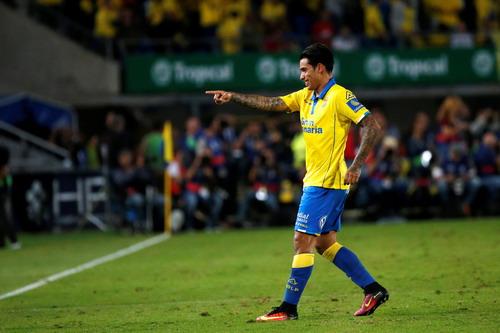 Sergio Araujo kịp quân bình tỉ số cho Las Palmas