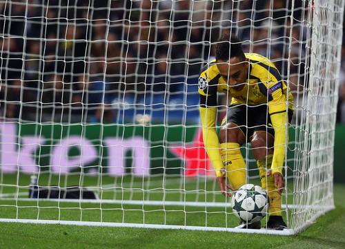 Aubameyang ghi bàn cho Dortmund