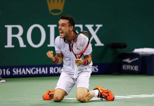 Bautista Agut đánh bại Djokovic, lần đầu vào chung kết một giải Masters 1.000
