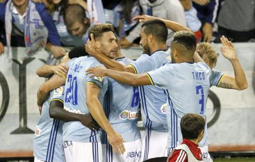 Celta Vigo hai mùa liên tiếp ghi 4 bàn vào lưới Barcelona