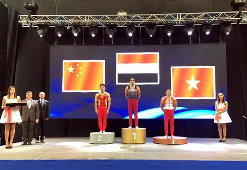 Đặng Nam vuột ngôi vô địch môn vòng treo, chỉ nhận HCĐ
