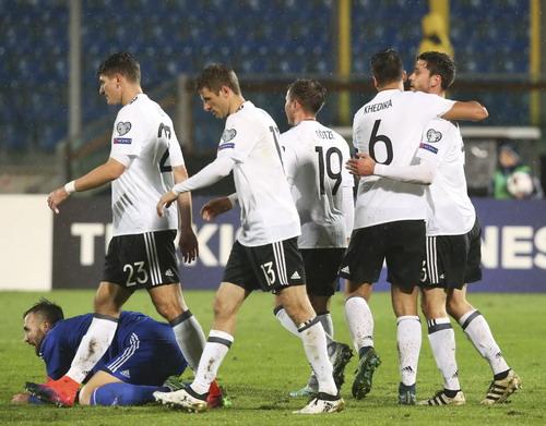 Tuyển Đức không mấy vui mừng khi đè bẹp đối thủ yếu San Marino