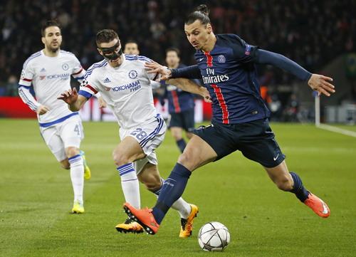 Ibrahimovic cũng không giúp nổi PSG thành công ở cúp châu Âu