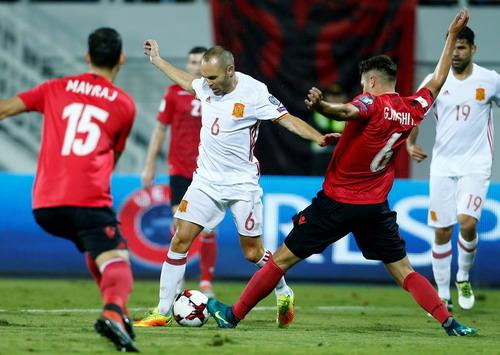 Albania gây nhiều khó khăn cho đội khách Tây Ban Nha