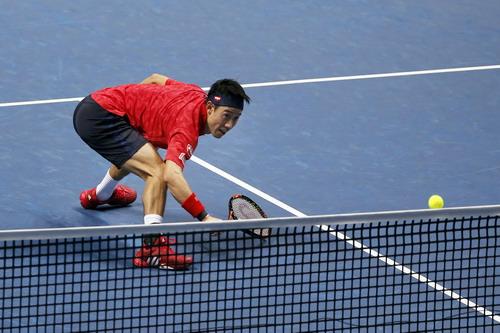 Kei Nishikori khởi đầu ấn tượng trước Murray