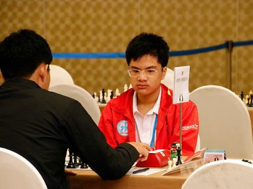 Nguyễn Anh Khôi giành cú đúp vàng cờ vua trẻ thế giới - Ảnh 1.