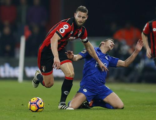 Leicester gục ngã trước các đối thú ở giải Ngoại hạng