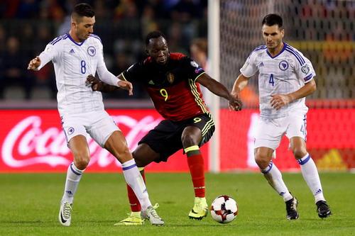 Lukaku xoay trở khéo, ghi bàn ấn định chiến thắng 4-0
