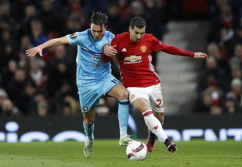 Mkhitaryan ra sân sau gần 3 tháng trong màu áo M.U