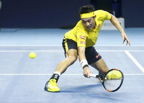 Kei Nishikori giành quyền vào vòng 3 Paris Masters