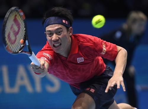 Nishikori thua trận vẫn có vé vào bán kết