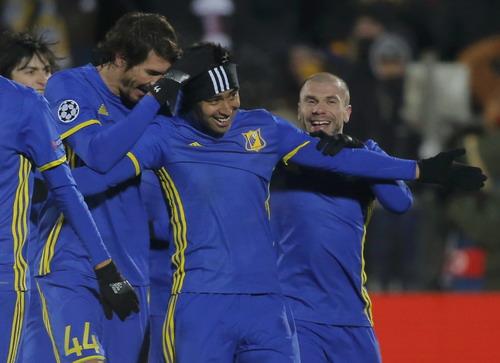 Noboa ghi bàn quyết định, giúp Rostov sống lại hy vọng ở cúp châu Âu