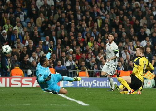 Marco Reus ấn định kết quả 2-2 phút 88