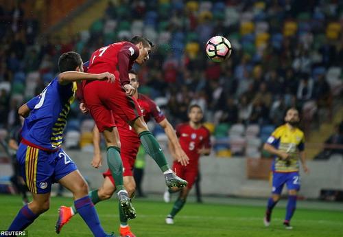 Ronaldo ghi bàn thứ nhì chỉ sau 4 phút