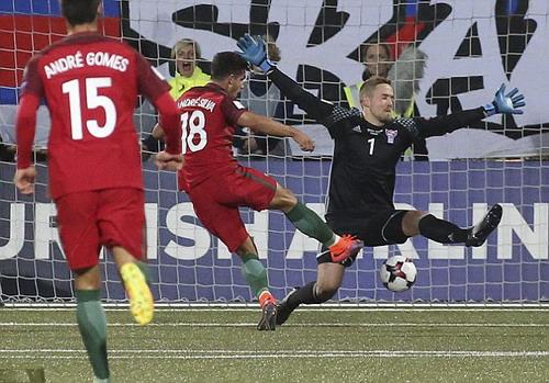 Andre Silva mở tỉ số cho Bồ Đào Nha
