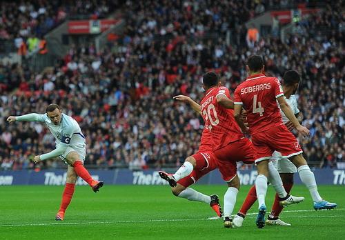 Wayne Rooney vẫn là đầu tàu dẫn dắt lối chơi Tam sư