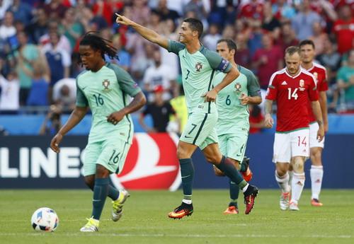 Ronaldo liên tiếp phá kỷ lục Euro