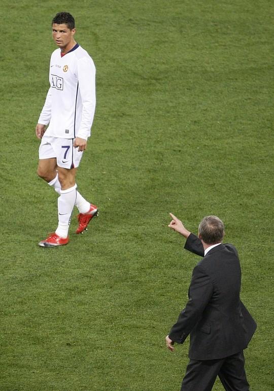 Nhờ sự nghiêm khắc của Ferguson mà Ronaldo hay Rooney đều đã thành danh