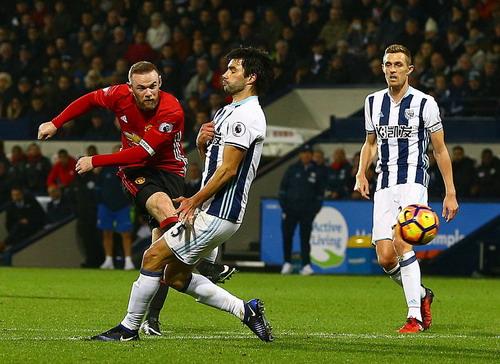 Rooney lỡ cơ hội lập kỷ lục ghi bàn cho M.U