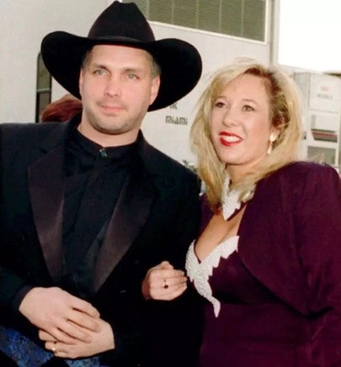 Garth Brooks và cuộc ly hôn 170 triệu USD