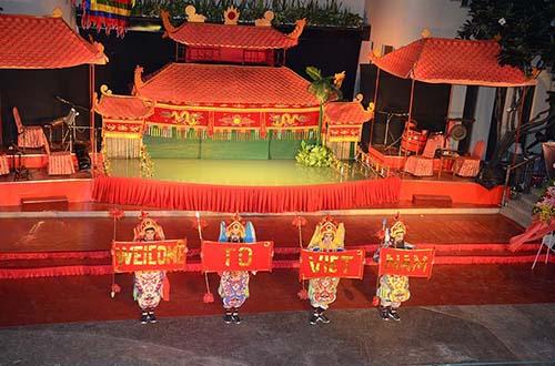 Khai trương nhà hát múa rối nước Rex Sen Vàng
