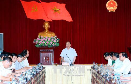 Thủ tướng Nguyễn Xuân Phúc làm việc với Ban thường vụ Tỉnh ủy Yên Bái