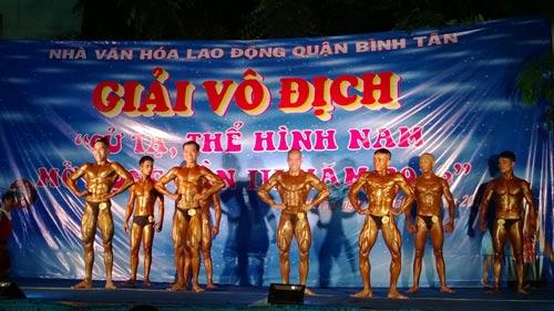 Các vận động viên tranh tài ở môn thể hình Ảnh: MAI CHI