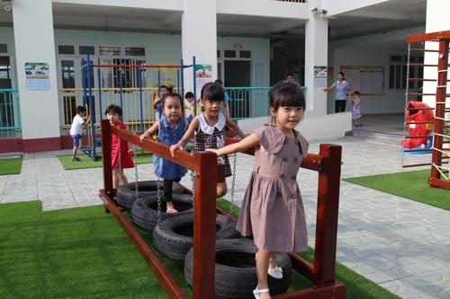 Các bé học tại Trường Mầm non Hoa Đào, quận Thủ Đức, TP HCM, một ngôi trường dành riêng cho con công nhân (ảnh mang tính minh họa)