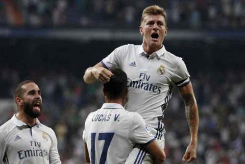 Toni Kroos là chọn lựa hàng đầu ở khu trung tuyến Real Madrid