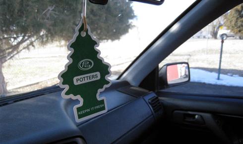 Những trang bị phí tiền trên ô tô