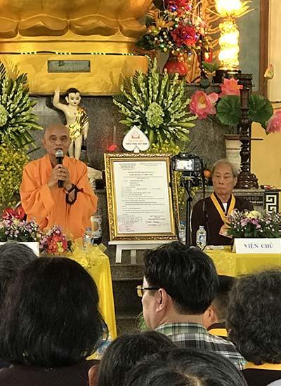 Trao giấy phép hỏi đáp Thiền tông cho chùa Tân Diệu