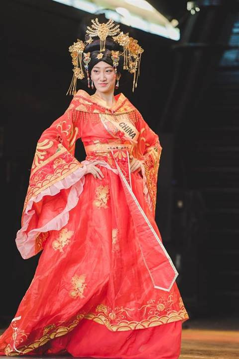 Đại diện nhan sắc Trung Quốc tại cuộc thi