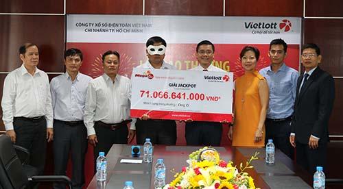 Buổi lễ trao thưởng Jackpot của Vietlott có sự chứng kiến của cơ quan quản lý nhà nước và Deloitte Việt Nam